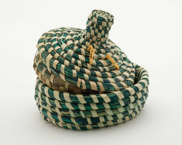 Basttöpfchen, grün mit Deckel